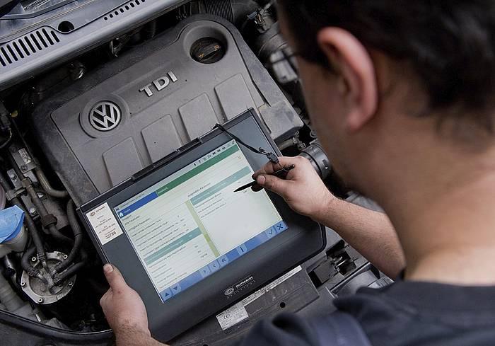 Volkswagenek 1.673 milioiko galera izan du uztailetik irailera, gas isurien auziak zamatuta