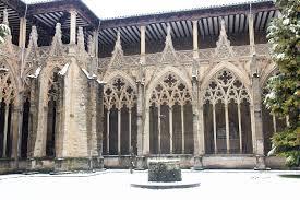 Iruñeko katedraleko klaustroa zaharberritzeari ekinen diote aurten
