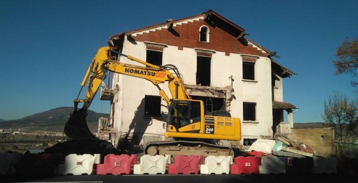 Amaitu dituzte Villa Celes txaleta eraisteko eta Belosoko Aldapa urbanizatzeko lanak