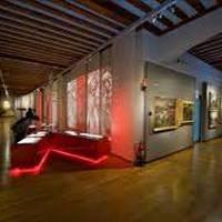 BISITA GIDATUA: Karlismoaren Museoa