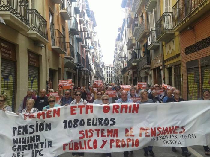 Pentsio duinak eskatzen segituko dute: larunbatean manifestazioa, Iruñean