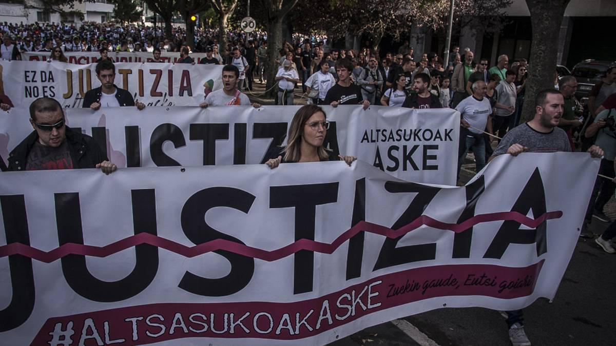 """Amaia Izko: """"Altsasuko gazteen epaiketa bidegabea izan zen eta orain Europak aztertuko du auzia"""""""