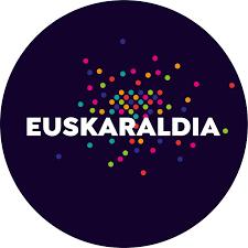 Euskaraldiaren txupinazoa + 'Egun on, sikiera!' ikuskizuna