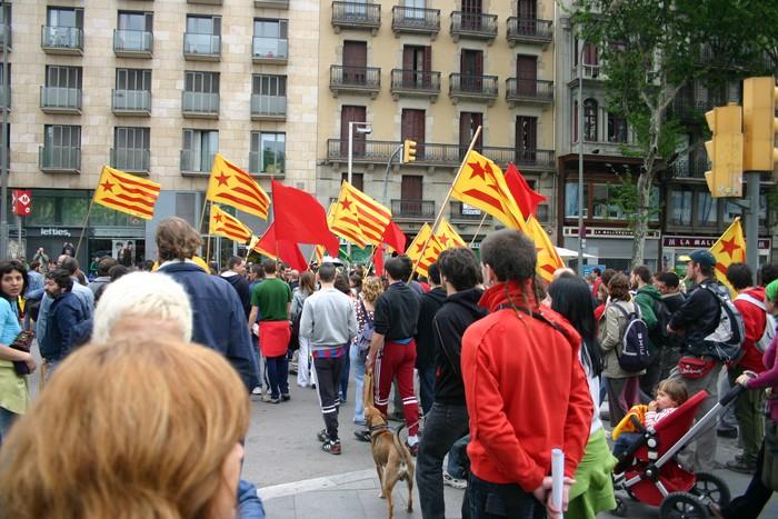 Kataluniako prozesuan PPk duen jarrera kritikatu du Nafarroako Parlamentuak