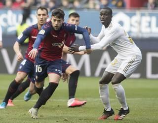 Osasuna-Real Madril partidan irainak salatu ditu Ligak
