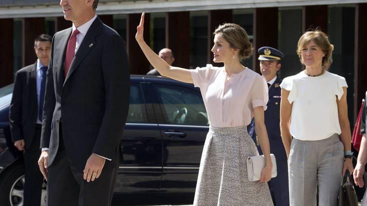 Espainiako errege erreginak gobidatzeko eskatu dio parlamentuak Nafarroako Gobernuari