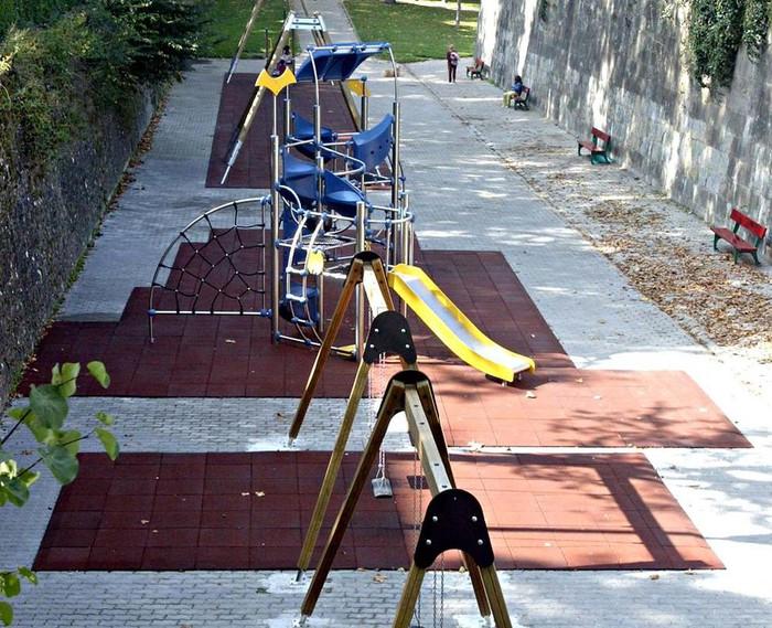 Hiri-altzarien eta haurrentzako parkeen mantentze-lanek 585.000 euro balio dute