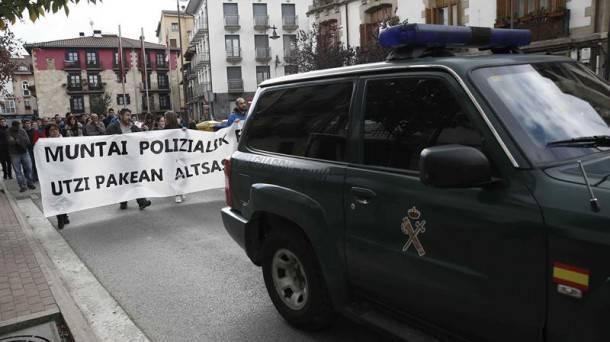 """Guardia Zibilak dio agente bat """"arin zauritu"""" dutela Altsasun"""