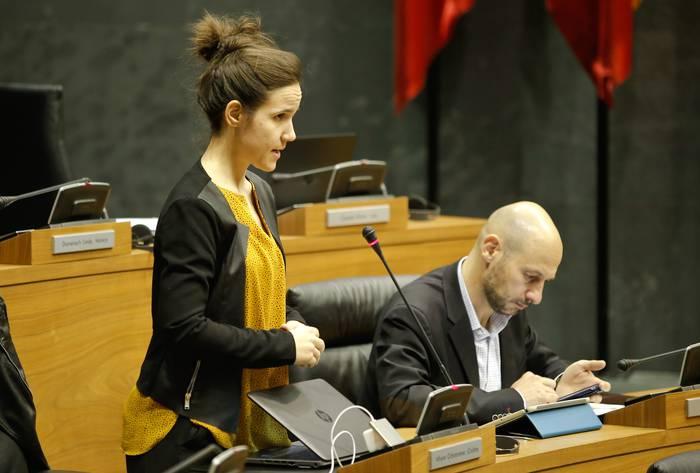 Cristina Altunak parlamentuko akta utziko du