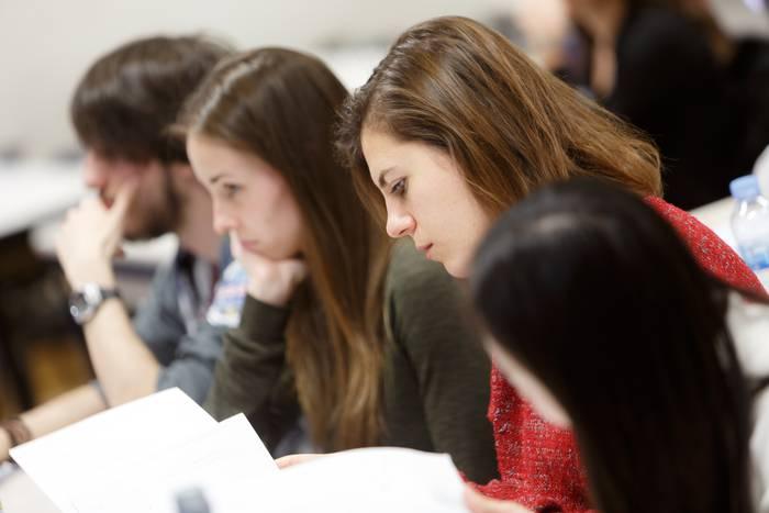 Medikuntza Gradua ikasten ahalko da Nafarroako Unibertsitate Publikoan irailetik aurrera