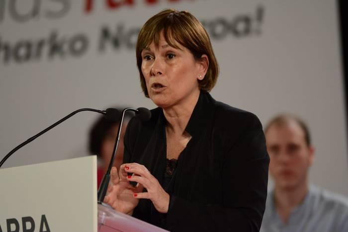 """Uxue Barkos: """"Herritarren Nafarroa nahi dugula aldarrikatzen ari gara, eta ez Madrilen ordezkari direnen Nafarroa"""""""
