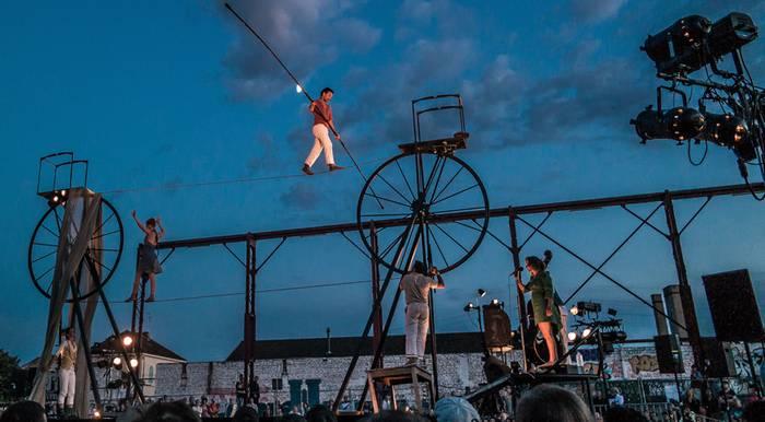 Harresietako jaialdia: musika, dantza zirkua...