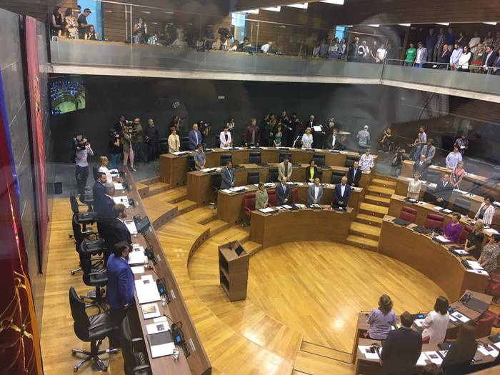 Uztailaren bigarren hamabostaldirako aurreikusten da Nafarroako presidentea hautatzeko bozketa