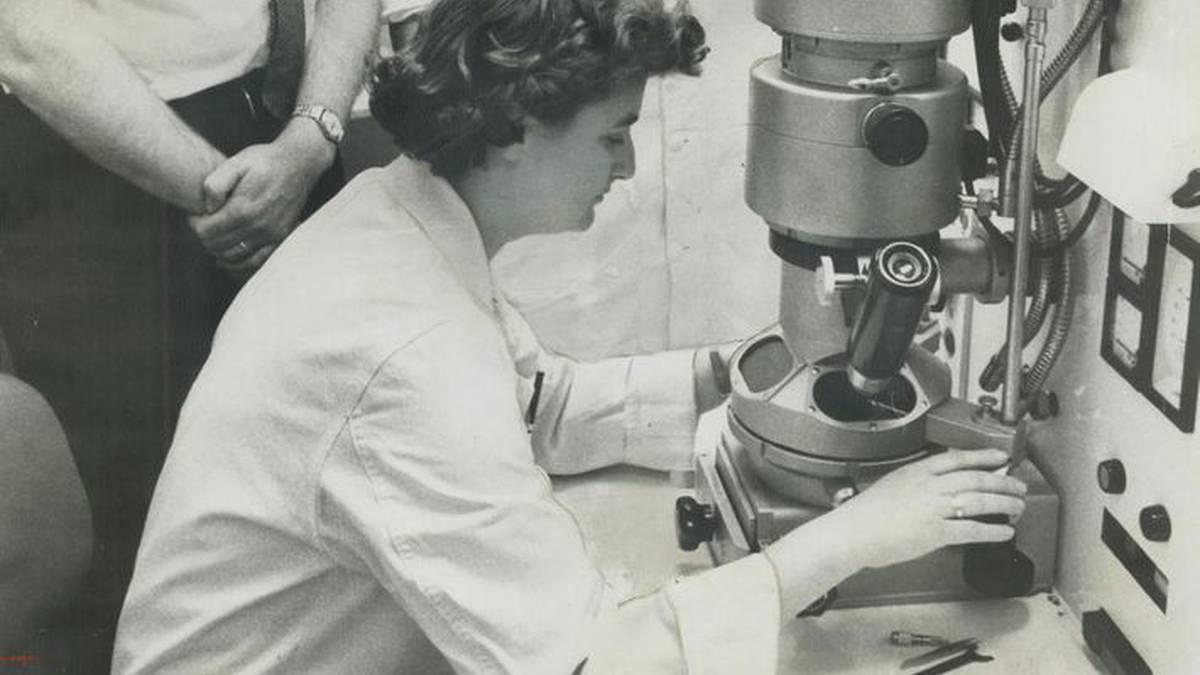 June Almeida, koronabirusa ikusten lehena