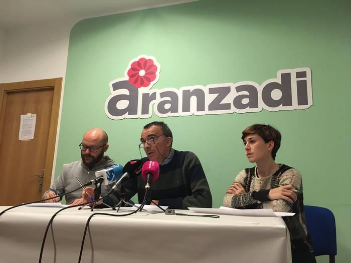 """Alde Zaharra """"hotelez eta pisu turistikoz saturatuta"""" dagoela ez izendatzea akatsa da Aranzadirentzat"""