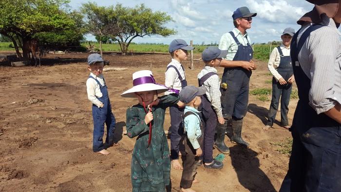 Boliviako menonitak duela 200 urte bezala bizi dira - 18