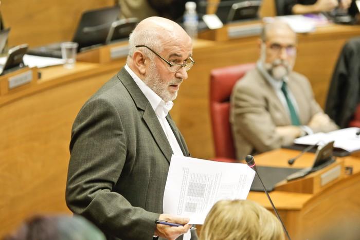 """Jose Luis Mendoza: """"PAI programa ezartzea edo ez ikastetxeen erabakia izanen da"""""""
