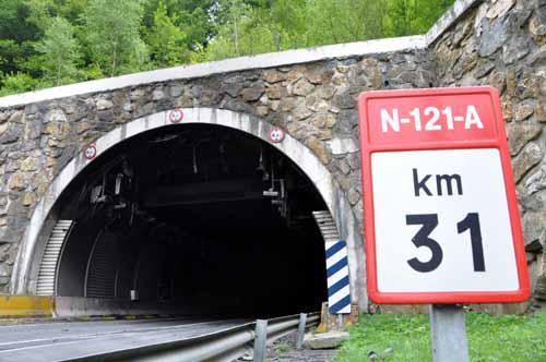 N-121-A errepideari behingoz konponbidea emateko exijitu dute 29 alkatek