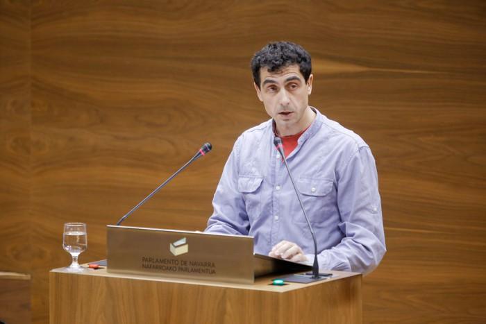 Rubén Velasco parlamentario nafarrak Ahal Dugu utzi du