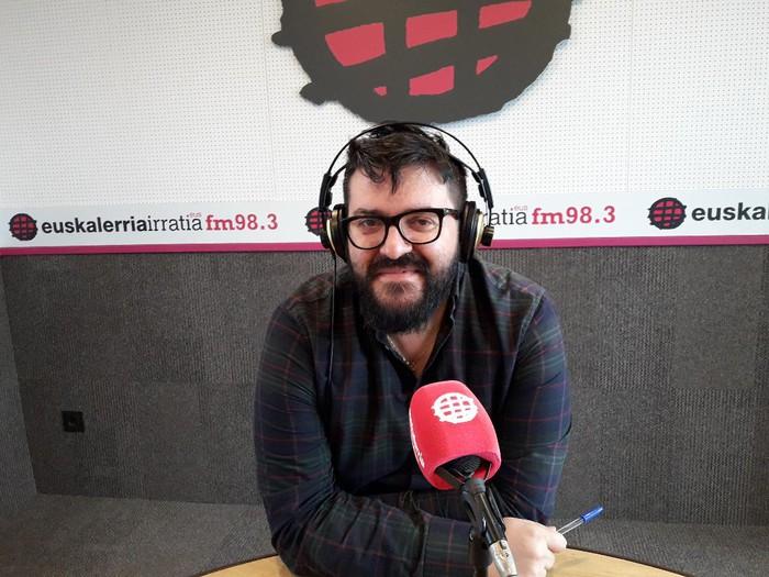 """Angel Erro: """"Katalunia pizten ari da gure libidoa"""""""