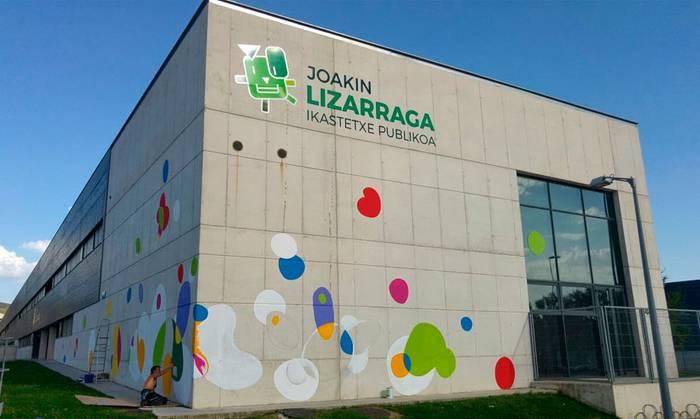Joakin Lizarraga ikastetxearen izena euskaraz bakarrik dagoelako kexu azaldu da UPN