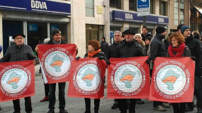 Tren sozialaren alde eta inposizioen aurkako protesta - 2