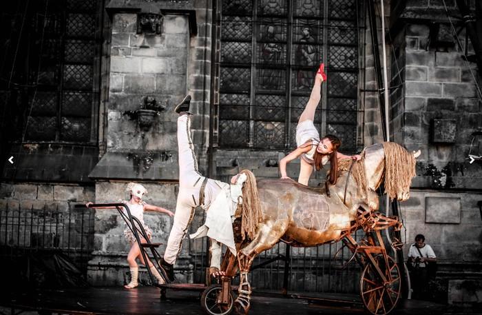 Harresietako Jaialdia gaur amaituko da, Bivouac konpainiaren zirku ikuskizunarekin