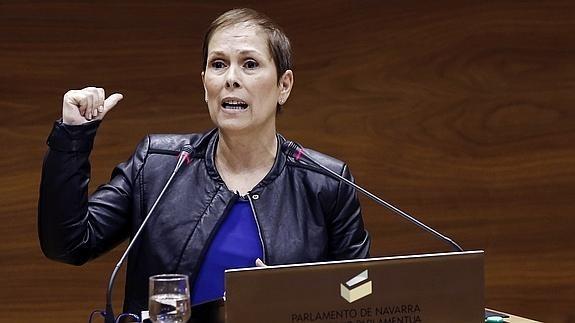 """Uxue Barkos: """"Legean oinarrituta eta errealista da euskararen dekretua"""""""