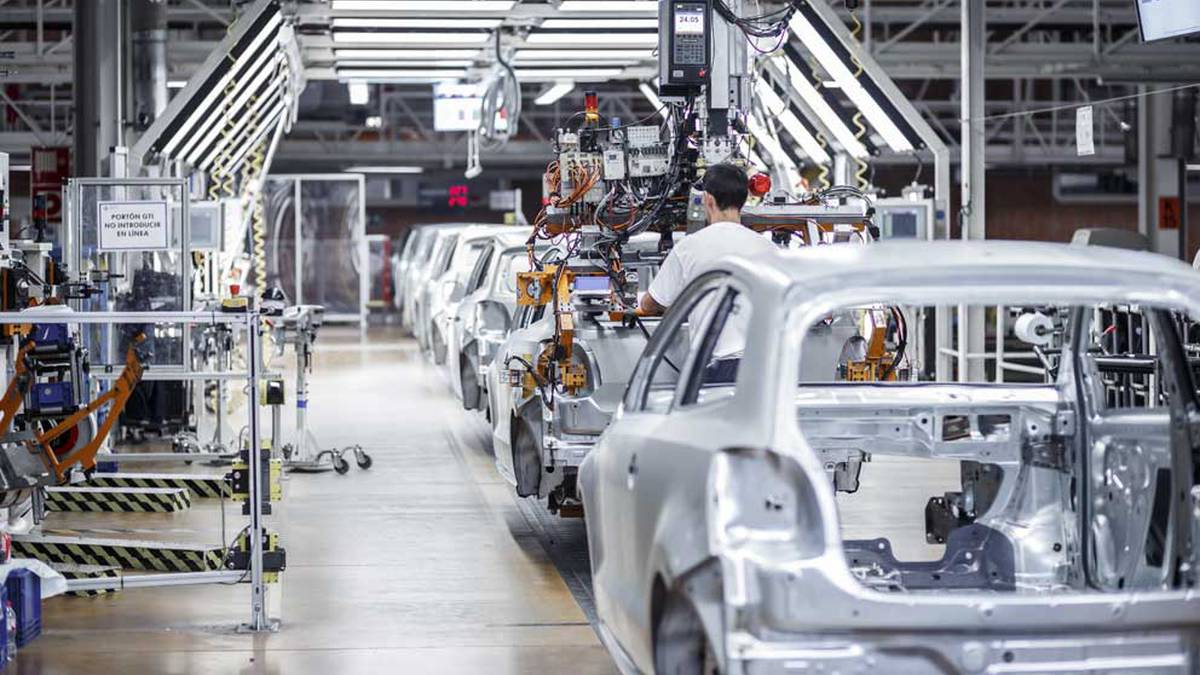 Italiako koronabirusarengatik enplegu erregulazio espedientea planteatu du Nafarroako Volkswagenek