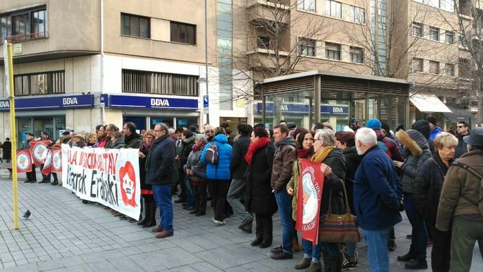 Tren sozialaren alde eta inposizioen aurkako protesta - 3