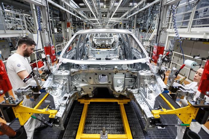 Volkswageneko zuzendaritzak bilera deitu du Landabengo etorkizunaz erabakia hartzeko