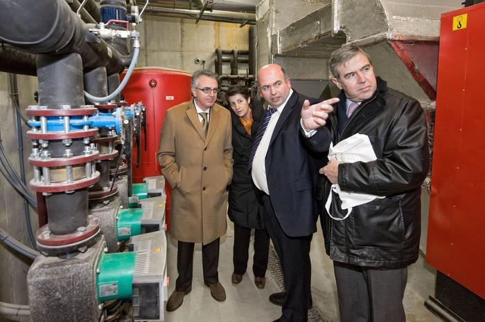 Ultzamako alkate ohiak ez du azalpenik eman biogas planta ikertzen duen batzordean