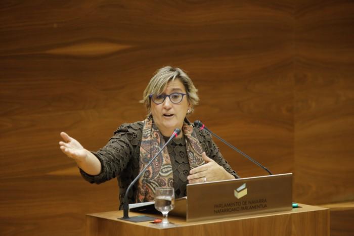 """Marisa de Simon: """"Hizkuntza eskubideak bermatu behar dira, baina Nafarroako eremu bakoitzaren errealitatetik abiatuta"""""""