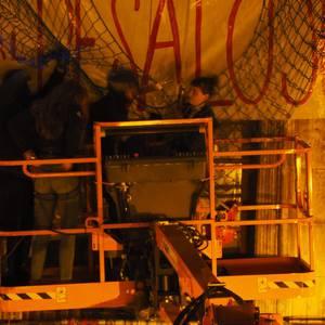 Maravillas gaztetxea hustu dute poliziek