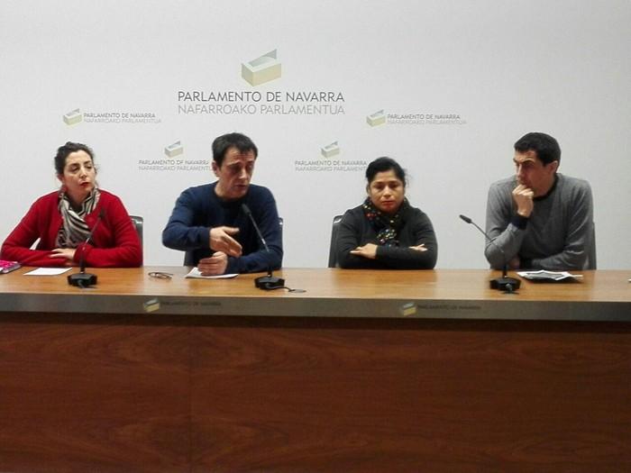 Podemos-Ahal Duguko zazpi legebiltzarkidetatik lauk babesa azaldu diote Laura Perezi