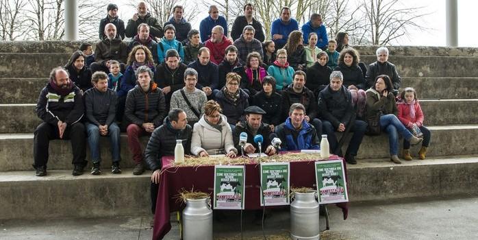 Esne sektorearen defentsan manifestazioa eginen dute apirilaren 1ean Elizondon