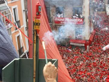 Txupinazioa jaurtitzeko lau hautagai: 'Rastrojo', 'Motxila21' 'Los amigos del Arte' eta 'Chrisalys Nafarroa'
