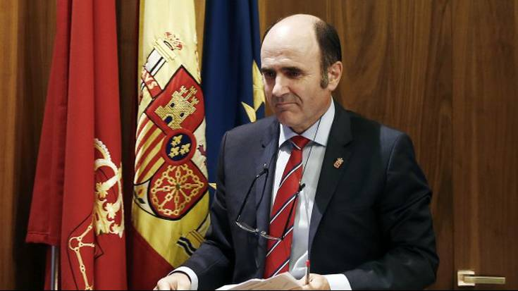 """Manu Aierdi: """"AHTa garatzeko hitzarmen egoki bat behar dugu Espainiako Gobernuarekin"""""""