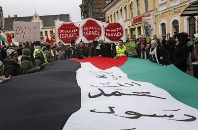 Herri palestinarrari elkartasuna adierazteko, elkarretaratzea